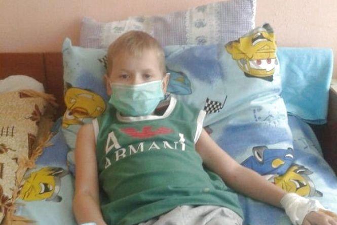 Кам'янчан запрошують на благодійну виставу для підтримки 8-річного Дениса Пастушка