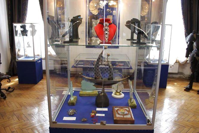 Кам'янчан запрошують на Всеукраїнську виставку ювелірних виробів (ФОТО)