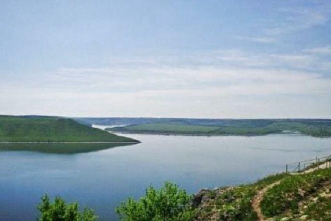 Кам'янчанам рекомендують кип'ятити воду у зв'язку з паводком на Дністрі