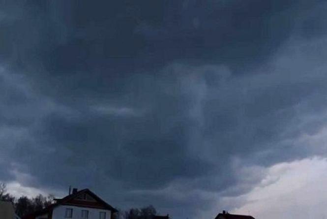 У Кам'янці 26 липня прогнозують дощ із грозою