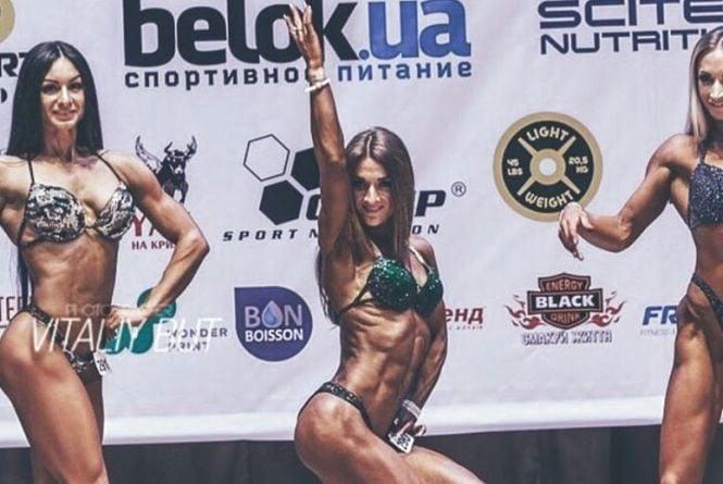 Поліцейська із Кам'янця  стала срібною призеркою Чемпіонату Європи з бодіфітнесу
