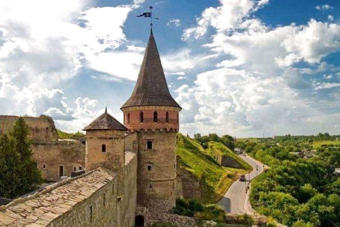 У Кам'янці у святкові дні Стара фортеця працюватиме довше