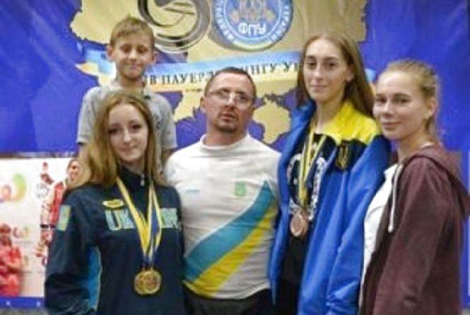 Студентка із Кам'янця отримала призове місце на чемпіонаті з пауерліфтингу