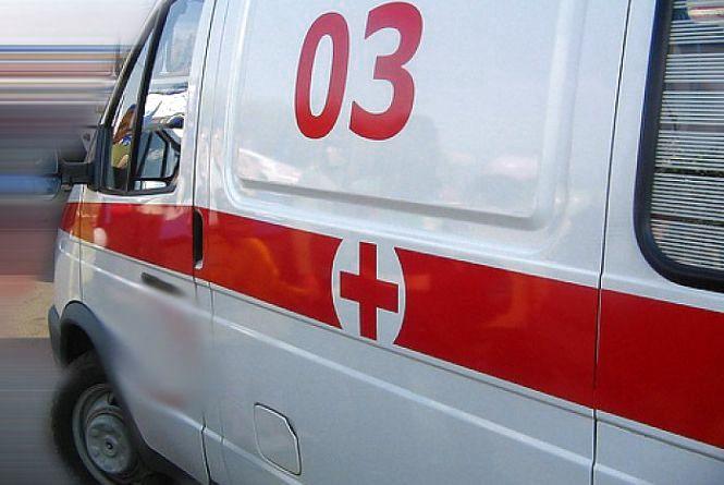 Рятувальники Кам`янця допомогли медикам у транспортуванні важкохворої жінки