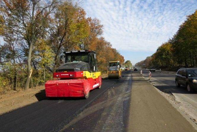 Триває реконструкція дороги західного під'їзду до Хмельницького