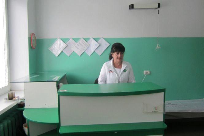 Шафи і ліжка для медичних закладів Кам'янця