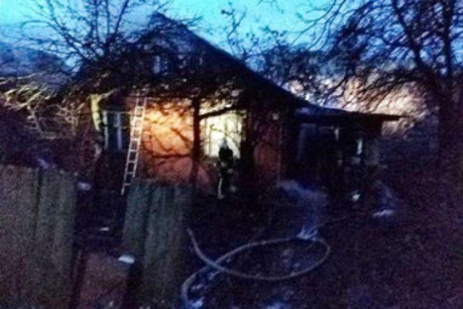 Пожежники гасили житловий будинок на Харченка
