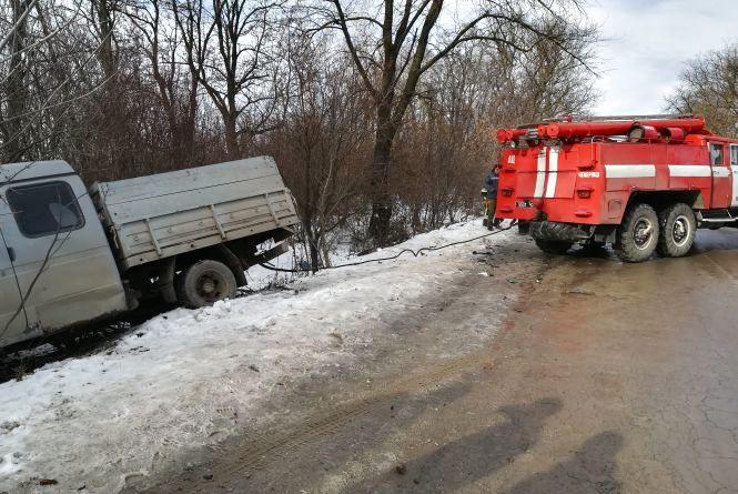 На автодорозі сполученням Кам'янець-Подільський - Білогір'я сталося ДТП