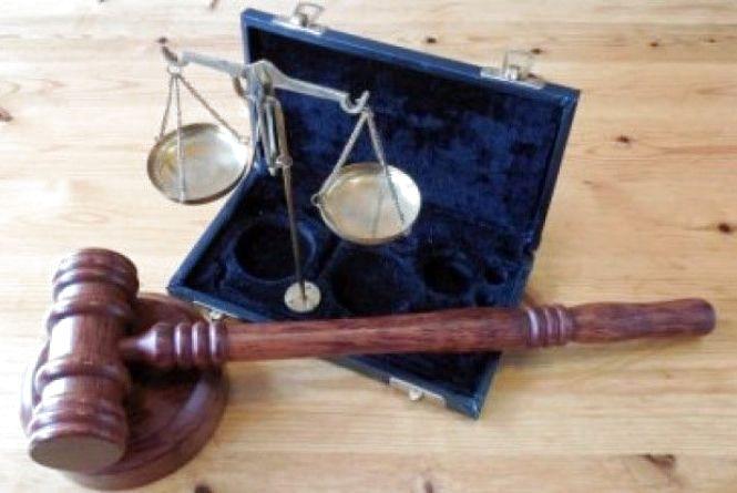 Cуд Кам'янця визнав невинуватим чоловіка, який підозрювався у крадіжці