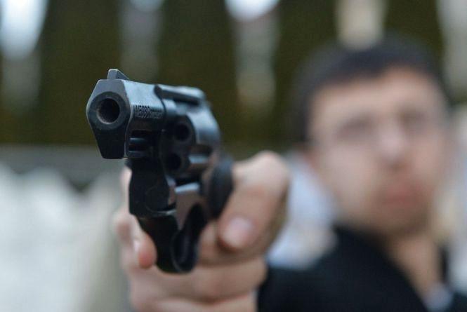 """Суд визнав винним кам'янчанина за """"самозахист"""" зі стріляниною"""