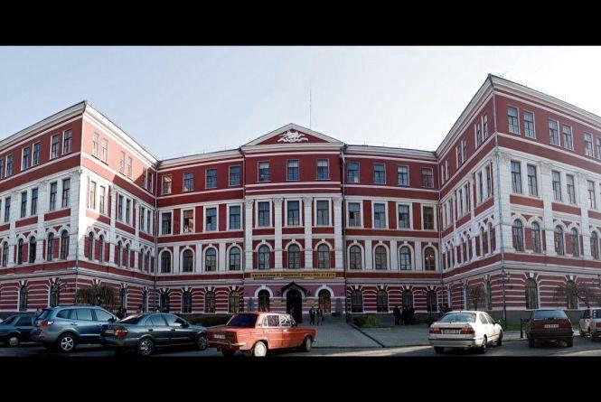 Кам'янець-Подільський виш піднявся в українському рейтингу