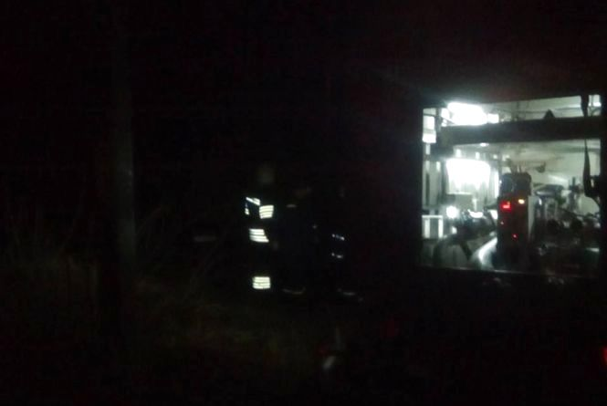 Кам'янецькі рятувальники під час гасіння вогню знайшли мертвого чоловіка