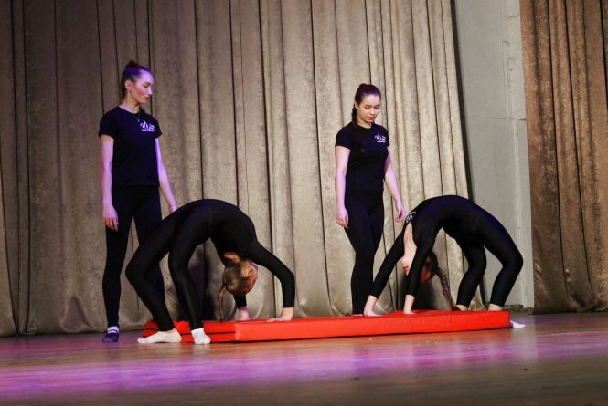 """Юні танцюристи студії """"Пірует"""" демонструють майстерність (ФОТО)"""