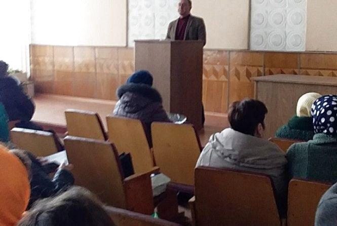 Медики Кам'янця  провели нараду щодо захворюваності на кір