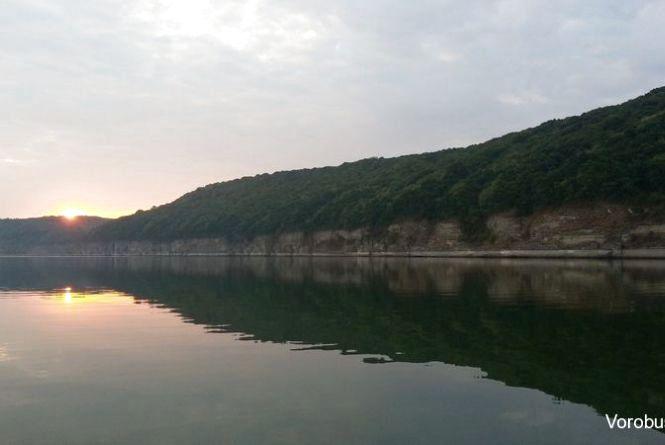 Прокуратура Кам'янця повернула державі ділянку смуги Дністровського водосховища