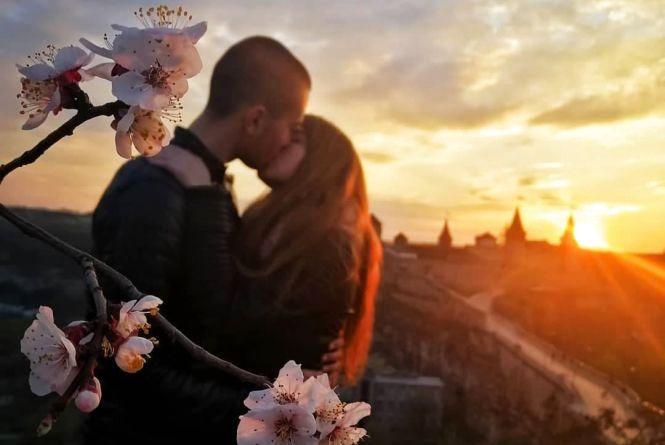 Як розквітає весняний Кам'янець-Подільський (ФОТО)