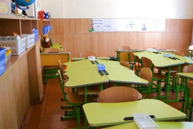 Як проходить підготовка навчальних закладів Кам'янця до нового навчального року