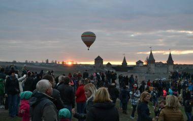 Фестивальний Кам'янець запрошує: чому варто завітати до міста в жовтні?